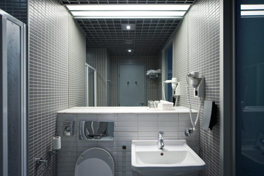 Moderne complete badkamers: wat is trendy?