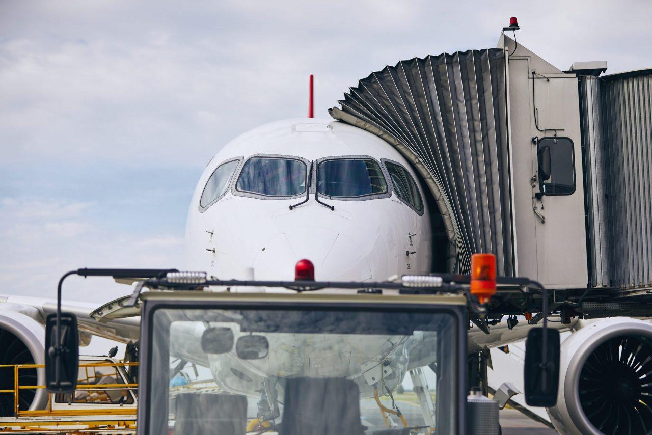 Omwonenden vliegveld Lelystad positief over uitbreiding