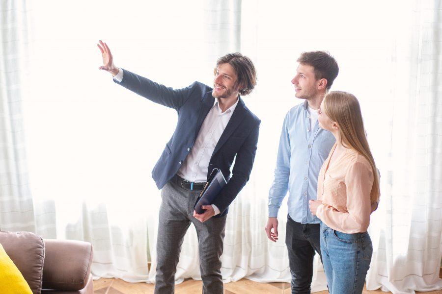 Waarom een aankoopmakelaar inschakelen?